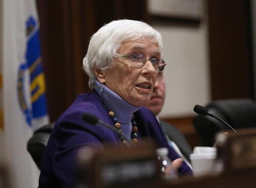 Lawmaker wants new measure of school success